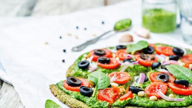 Recept: Hitra in okusna pica s testom iz bučk (foto: Shutterstock)