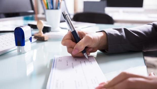 V Srbiji cvete nov posel: ponarejanje in prodaja lažnih negativnih testov (foto: profimedia)