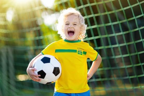 Kljub porazni epidemiološki sliki bodo brazilski nogometni navijači spet na stadionu