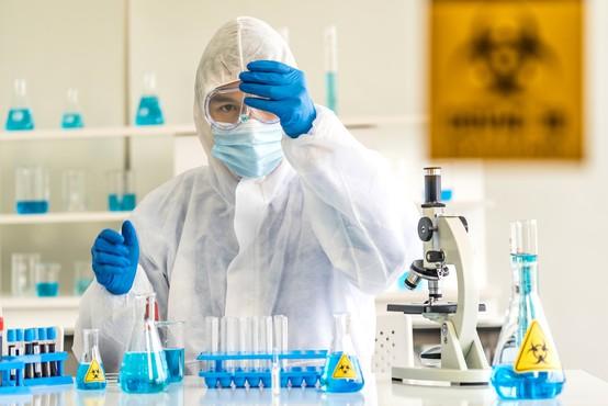 V Rusiji in na Kitajskem napredek pri razvoju cepiva