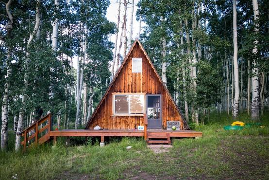 Top popotniški trendi, ki jih Airbnb opaža po pandemiji