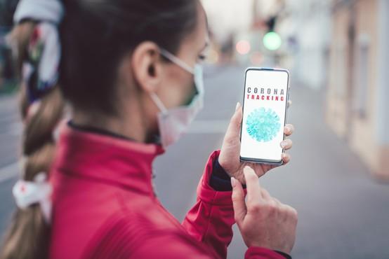 Mojca Prelesnik: Vlada želi z aplikacijo zbirati podatke o lokacijah posameznikov