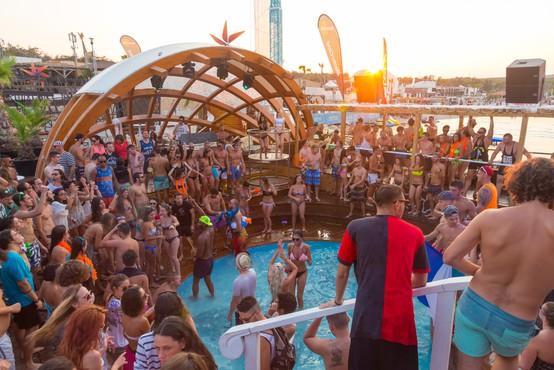 Zloglasnih zabav na plaži Zrće na Pagu letos vseeno ne bo