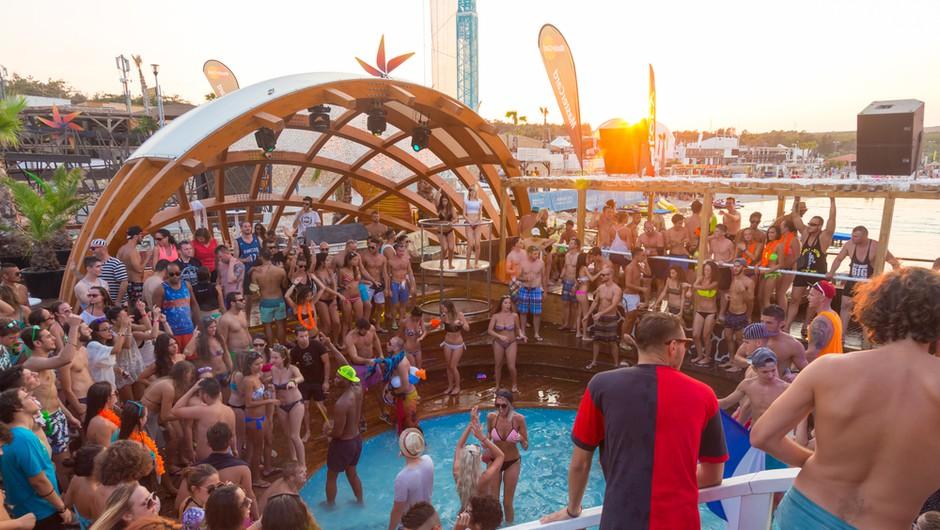 Zloglasnih zabav na plaži Zrće na Pagu letos vseeno ne bo (foto: Shutterstock)