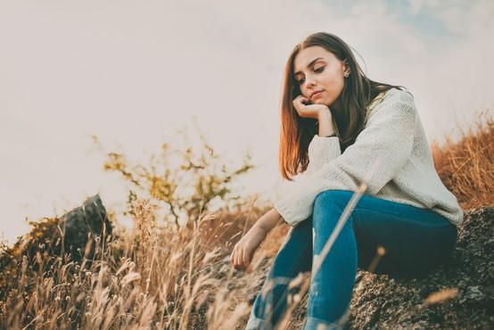 Najpogostejši telesni signali, ki vam sporočajo, da morate urediti svoja čustva