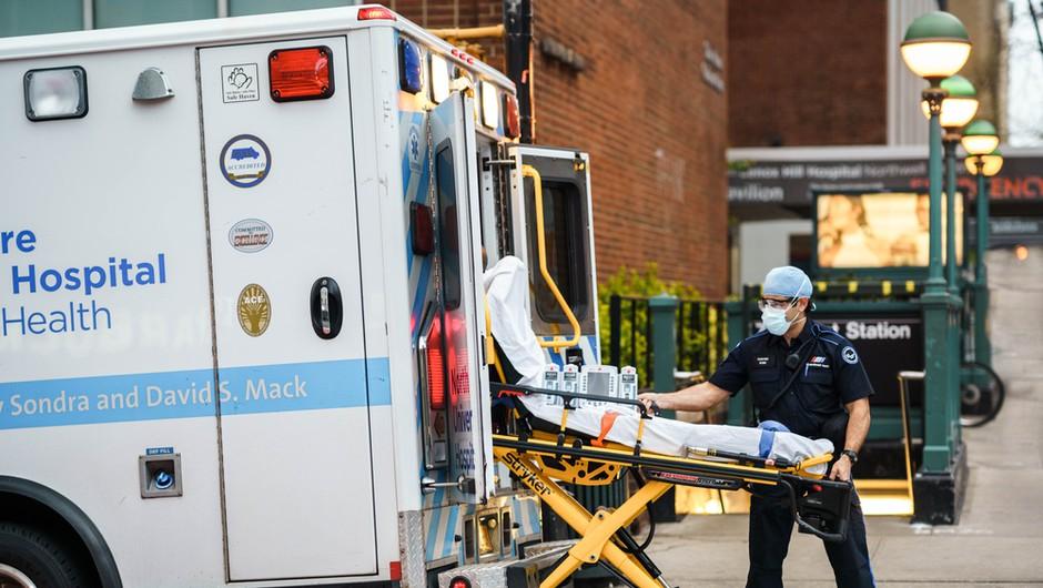 Osupljivi podatki o žrtvah pandemije koronavirusa v ZDA (foto: Shutterstock)