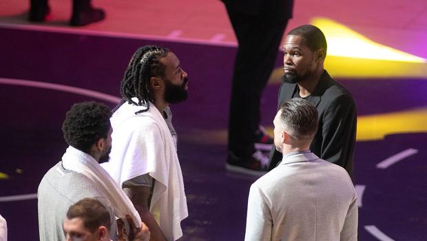 Pred nadaljevanjem ameriške košarkarske lige na testih pozitivnih 25 igralcev in 10 spremljevalcev (foto: profimedia)