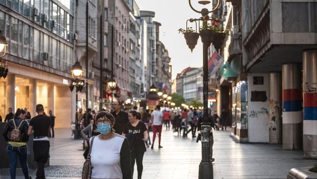 Epidemija v Srbiji vnovič terja stroge omejevalne ukrepe, namenjene zajezitvi virusa (foto: profimedia)