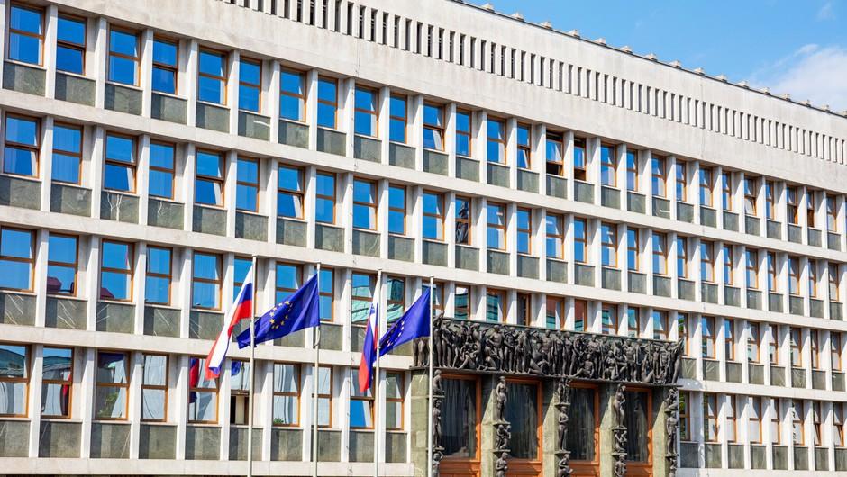 Paket ukrepov za drugi val epidemije na parlamentarno pot (foto: profimedia)