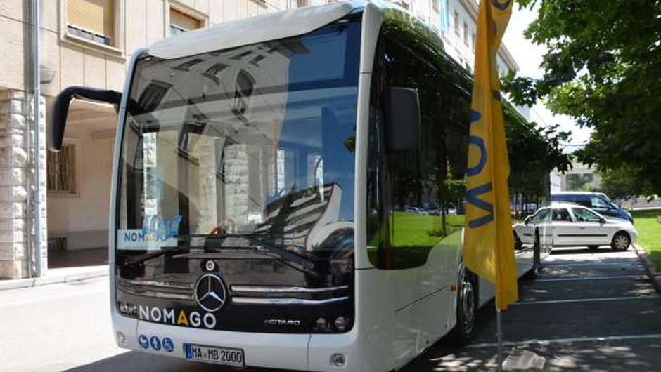 Teden dni bo prevoznik Nomago testiral nov električni avtobus eCitaro (foto: Rosana Rijavec/STA)