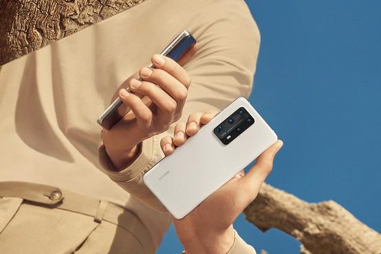 """Vodilni oblikovalec telefonov Huawei o seriji Pro40: """"Prihodnosti ne napovedujemo, ampak jo ustvarjamo."""""""