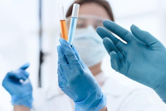 V nedeljo ob 530 testiranjih potrdili 16 okužb