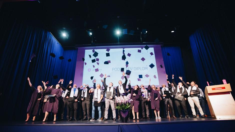 Slovenska strokovna šola Academia prejela priznanje iz Velike Britanije (foto: Academia)