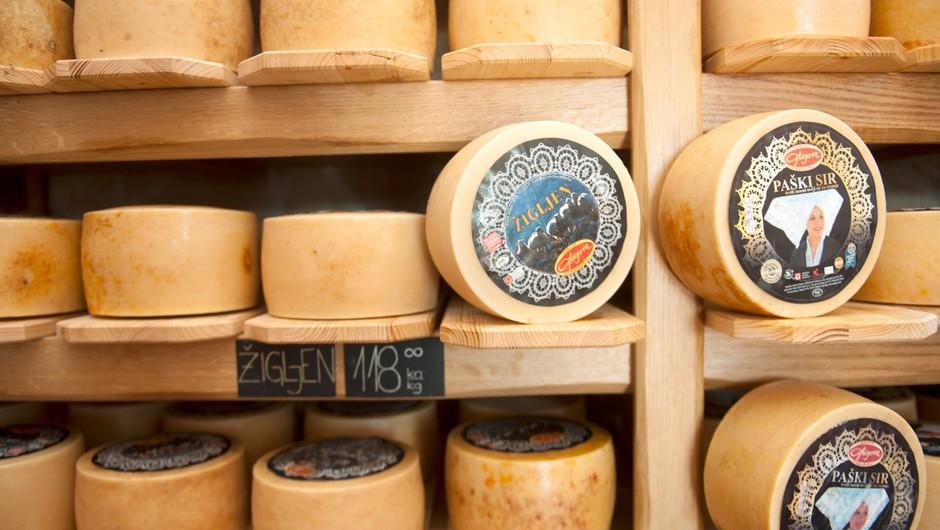 Med avtohtonimi izdelki s Paga bo poleg sira kmalu znana tudi konoplja (foto: profimedia)