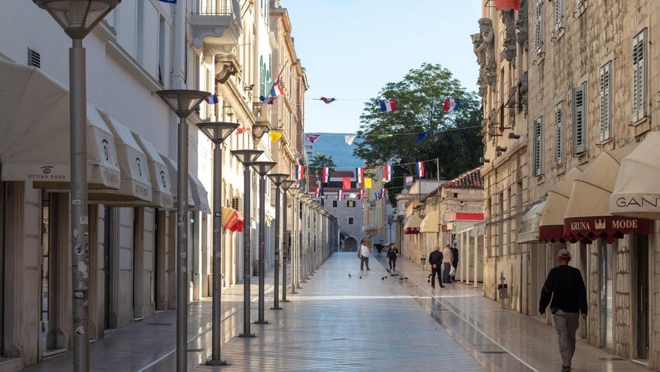 Na Hrvaškem so od torka popoldne potrdili še 53 okužb (foto: Profimedia)