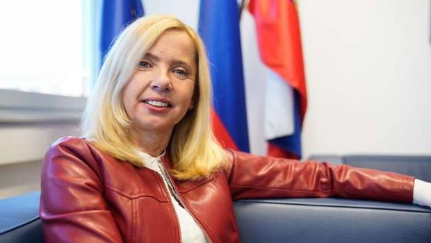 Tatjana Bobnar: »Današnji položaj žensk je daleč od tega, da bi že lahko bile zadovoljne!« (foto: Nik Jevšnik/STA)
