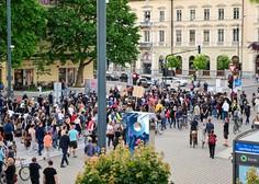 Na tokratnem protestu v Ljubljani naslovili tudi tiste, ki z neaktivnostjo podpirajo stanje v državi