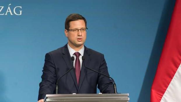 Od srede bo za vstop na Madžarsko režim podrejen zelenim, rumenim in rdečim skupinam (foto: STA)