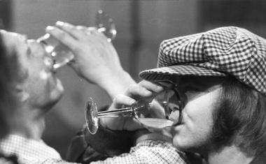 6 najbolj zanimivih iz življenja Eltona Johna (ki jih razkrije v svoji biografiji)