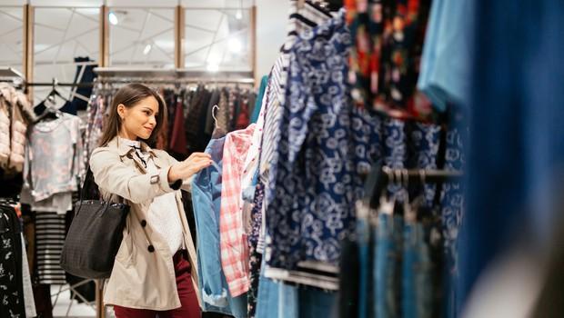V Državnem zboru imajo dovolj glasov, da trgovine v nedeljo ostanejo zaprte (foto: Shutterstock)