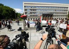 Pred državnim zborom novinarski poziv k neodvisnosti medijev
