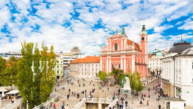 Raziskava: Čez 80 let naj bi bilo v Sloveniji samo še milijon prebivalcev (foto: Shutterstock)