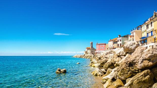 Temperatura morja v zadnjih dneh izrazito podpovprečna (foto: Shutterstock)