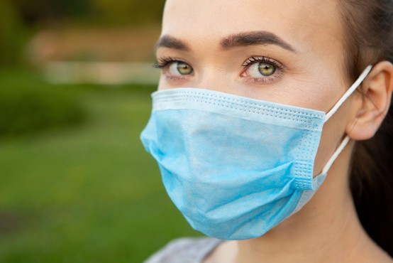 V torek potrjenih 19 primerov okužb