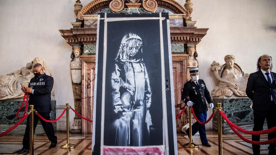Ukradena vrata z Banksyjevim grafitom našli na podstrešju zapuščene hiše v Italiji (foto: profimedia)