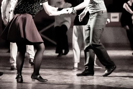 Fitnesi in plesni klubi zaradi posledic epidemije v veliki finančni stiski