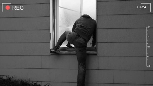 10 nasvetov nekdanjih vlomilcev o tem, kako zaščititi hišo (ko ste na počitnicah) (foto: profimedia)