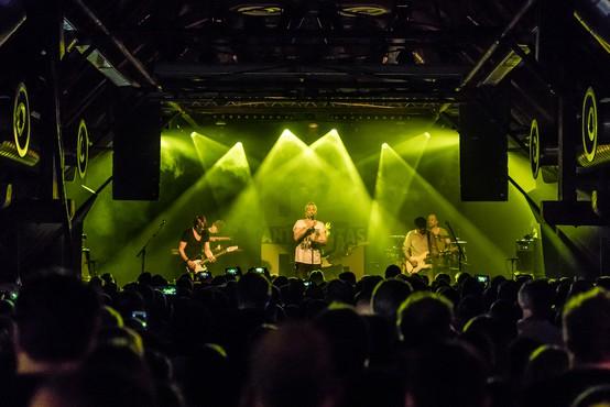 V Nemčiji iščejo neokužene ljubitelje glasbe na poskusni koncert, s čimer bi lažje ocenili tveganje za okužbo