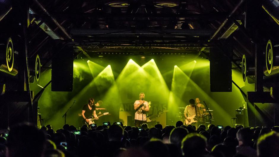 V Nemčiji iščejo neokužene ljubitelje glasbe na poskusni koncert, s čimer bi lažje ocenili tveganje za okužbo (foto: profimedia)