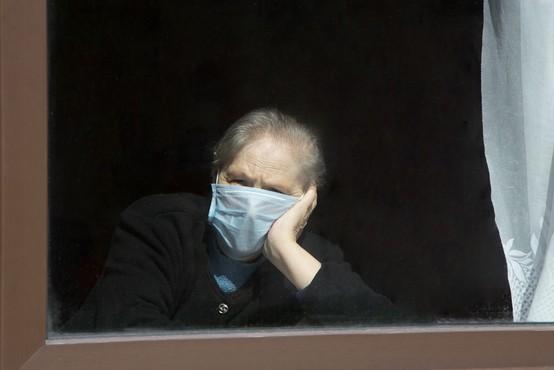 V Hrastniku se je število okuženih povečalo na 35, od tega jih je 14 v domu starejših