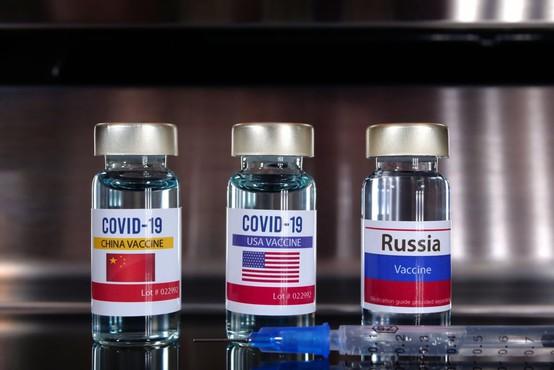 Pri dveh cepivih proti novemu koronavirusu obetaven močan imunski odziv