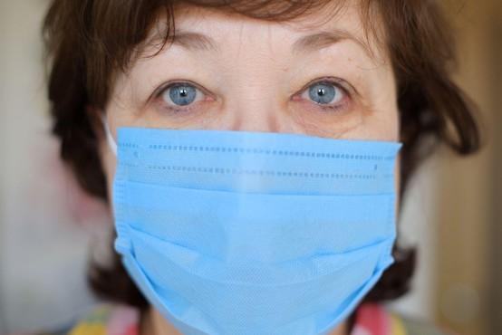 V Domu starejših Hrastnik so v ponedeljek potrdili 11 novih primerov okužbe