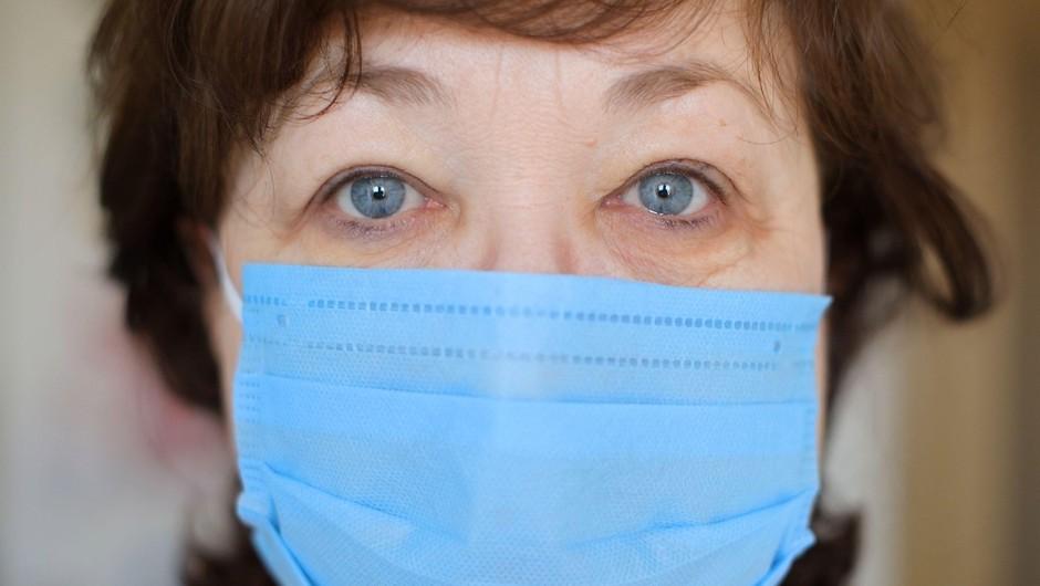 V Domu starejših Hrastnik so v ponedeljek potrdili 11 novih primerov okužbe (foto: Profimedia)