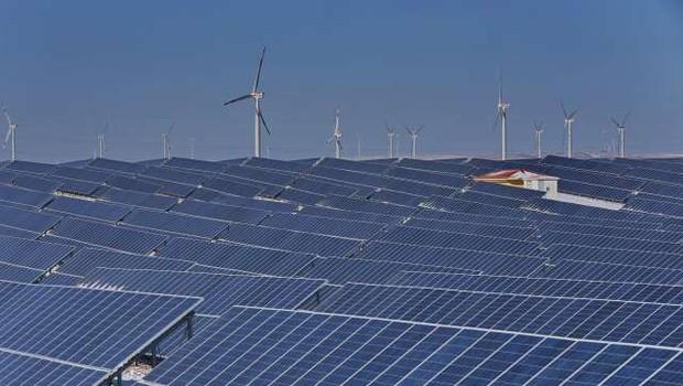 Obnovljivi viri energije v EU presegli fosilna goriva (foto: Xinhua/STA)
