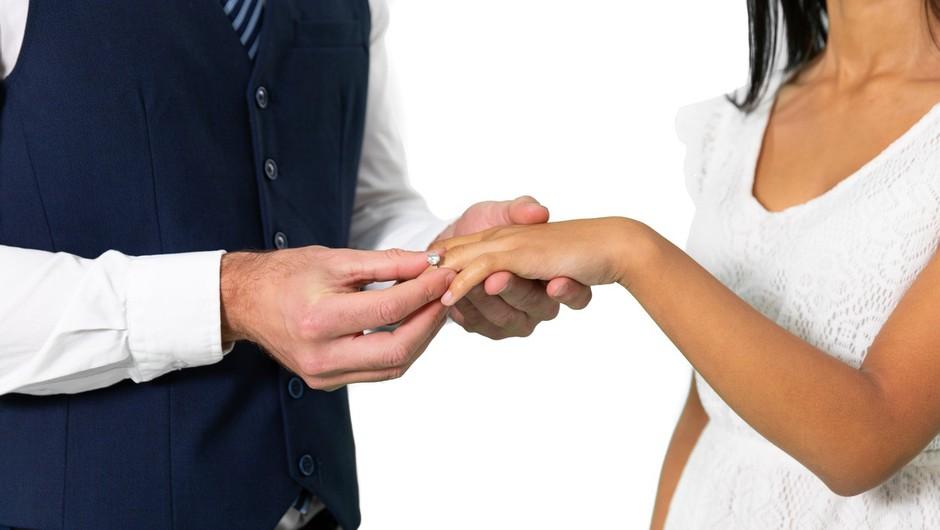 Mladoporočenca iz Norveške in Švedske nista kršila predpisov in sta se poročila - na meddržavni meji (foto: profimedia)