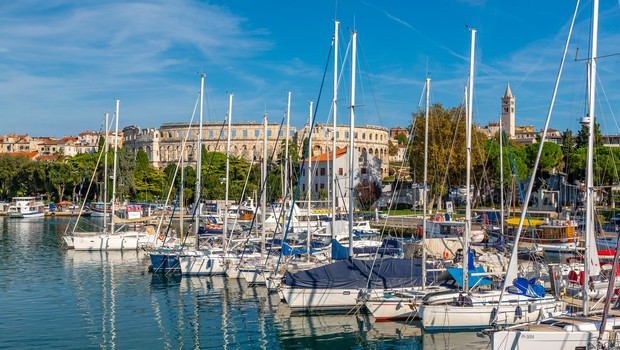 Na Hrvaškem 65 novih okužb, od tega deset primerov v Istri (foto: profimedia)