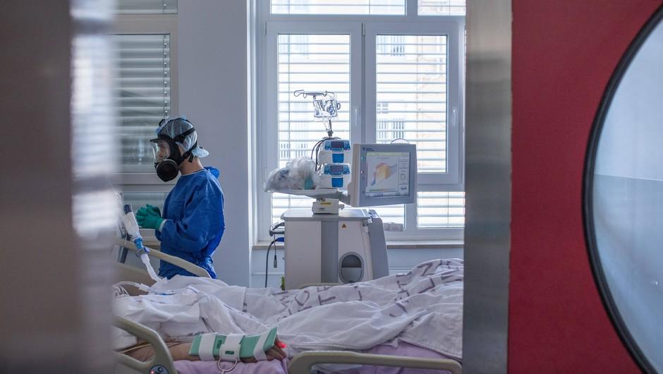 V nedeljo 14 novih okužb, umrla dva bolnika (foto: UKC Ljubljana)