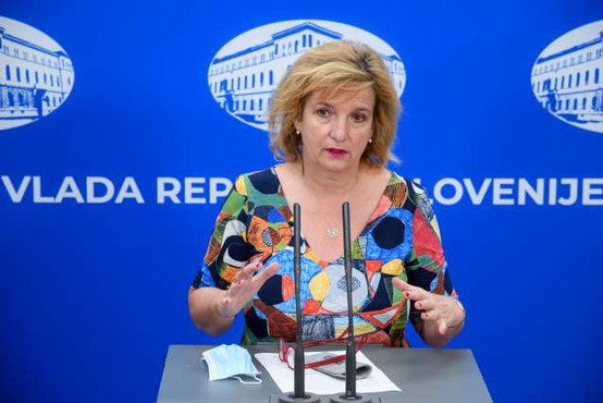 "Bojana Beović: ""Trenutna epidemiološka situacija je drugačna kot v prvem valu!"""