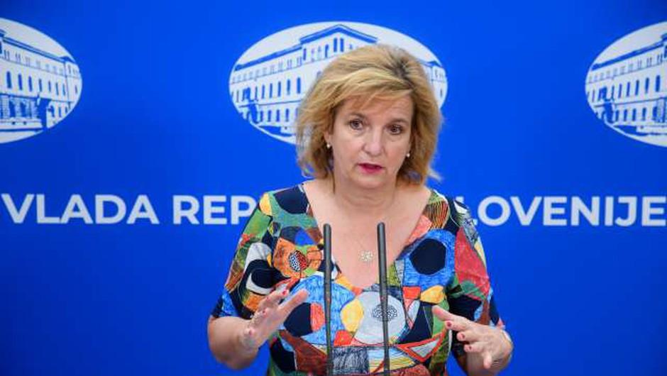 "Bojana Beović: ""Trenutna epidemiološka situacija je drugačna kot v prvem valu!"" (foto: Nebojša Tejić/STA)"