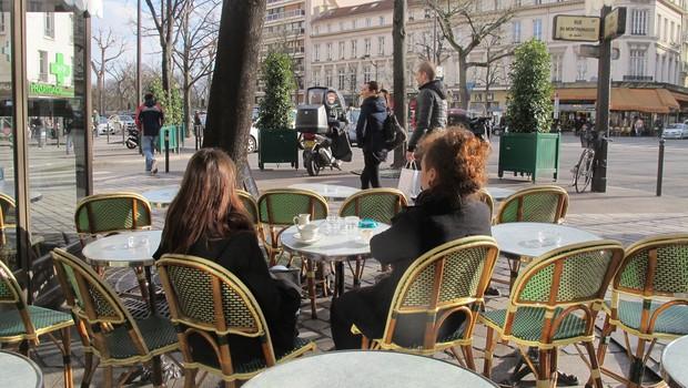 V Franciji bodo prepovedali ogrevanje zunanjih teras lokalov (foto: profimedia)