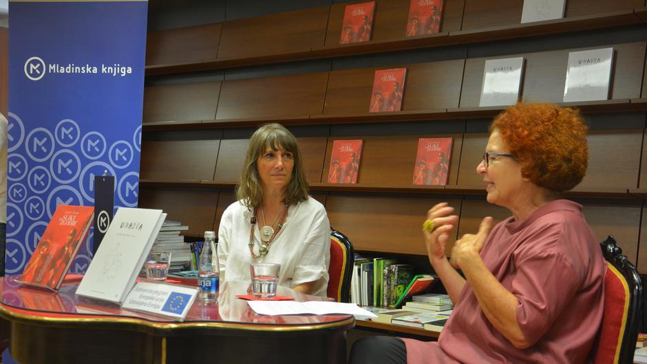 Ejti Štih, slikarka, in Nela Malečkar, urednica knjige Slike in zgodbe. (foto: PR - gradivo)