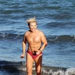 Nekdanji 'človeški Ken' prvič v kopalkah pokazal transformacijo v 'človeško Barbiko' (foto: Profimedia)