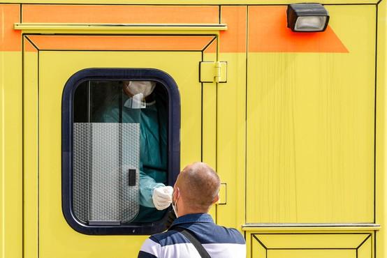 Na Balkanu znova rahlo povečanje okužb