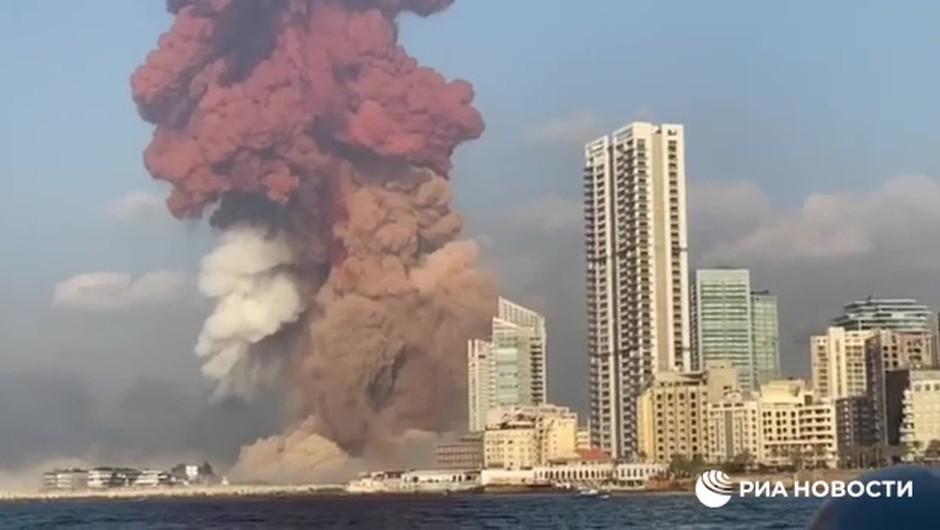 Eksplozije v Bejrutu terjale več deset življenj, okoli 2500 ranjenih (foto: Profimedia)