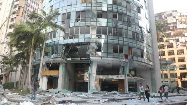 V povezavi z eksplozijami v Bejrutu pridržali 16 uslužbencev pristanišča (foto: Xinhua/STA)