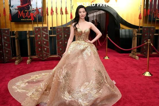 Disneyjev večkrat preloženi film Mulan gre neposredno na splet